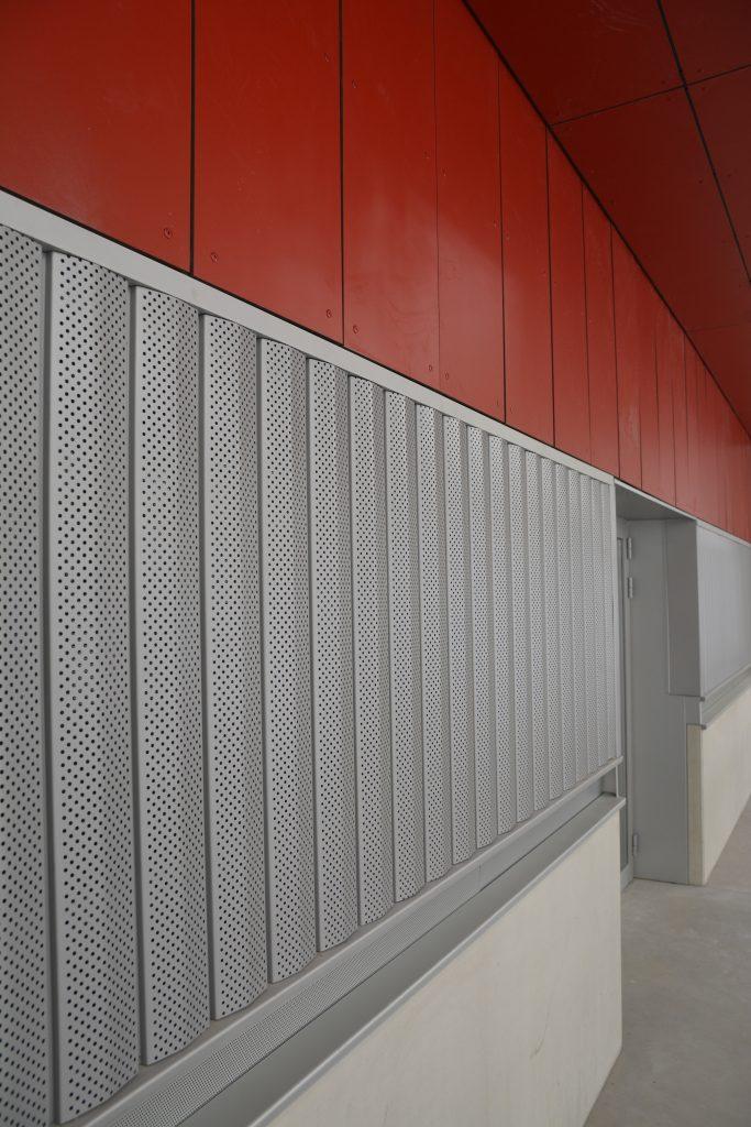 Lamas de aluminio perforadas Umbelco UPR-150
