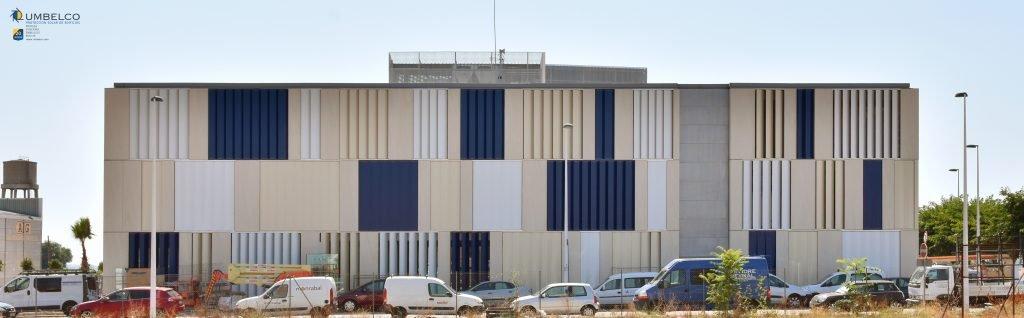 Celosias orientables verticales de ala de avion para oficinas