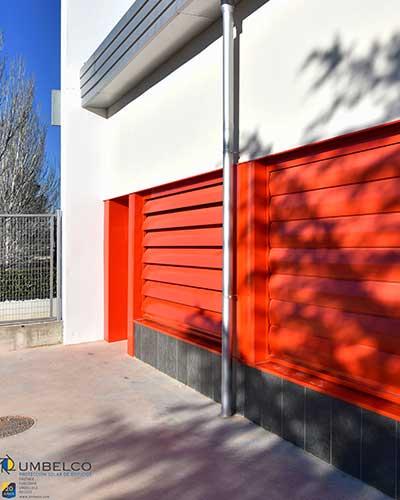 """Lamas de aluminio para colegios Umbelco """"UPO-250"""""""